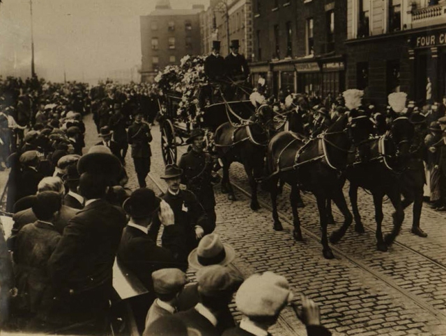 Ed110-Ashe-funeral-procession-horses---press-bureau---1916