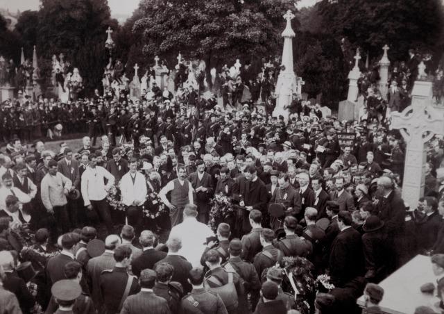 Funeral_of_Jeremiah_O_Donovan_Rossa.jpg